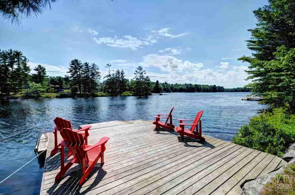 Luxury Ontario Cottage Rentals Decadent Docks Amp Decks Gallery